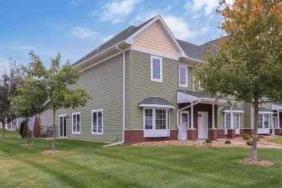 Iowa City IA Condo/Townhouse For Sale: $170,000