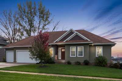 Coralville IA Single Family Home New: $449,900