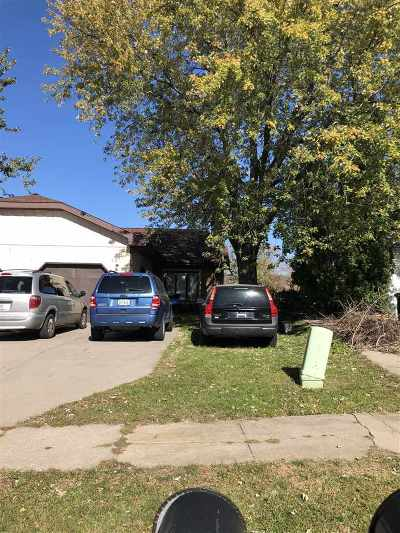 Coralville IA Single Family Home For Sale: $172,500