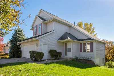 Coralville IA Single Family Home For Sale: $239,000