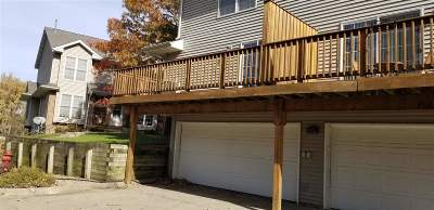 Iowa City Condo/Townhouse For Sale: 700 West Side Drive