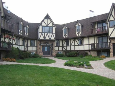 Coralville Condo/Townhouse For Sale: 1512 1st Ave #C205N