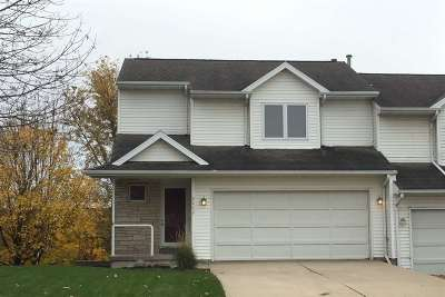Coralville Condo/Townhouse For Sale: 2262 11th Street