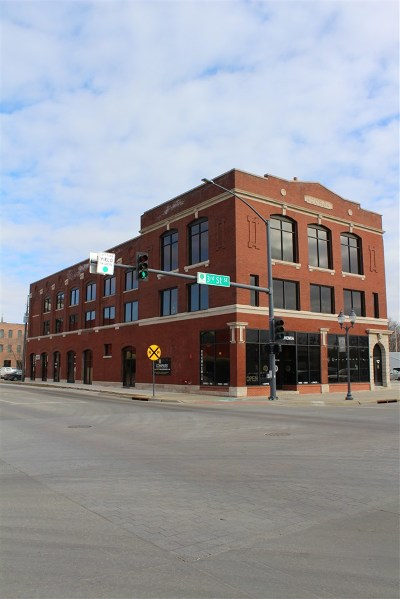 Cedar Rapids Commercial For Sale: 307 12th Ave SE #2nd Floo