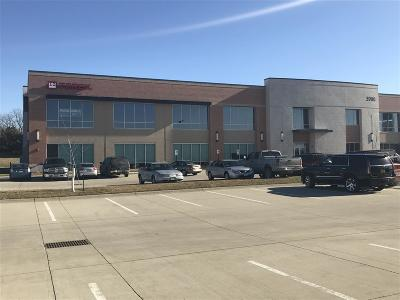 Cedar Rapids Commercial For Sale: 3900 Fountains Blvd NE #2nd Floo
