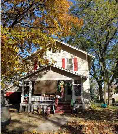 Washington County Single Family Home For Sale: 110 E Monroe Street