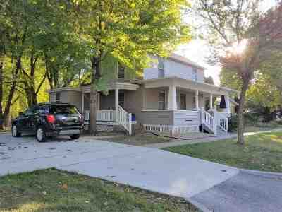 Iowa City Single Family Home For Sale: 923 E Jefferson St