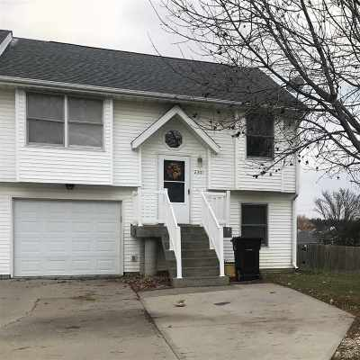 Coralville Condo/Townhouse For Sale: 2301 12th St