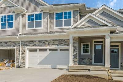 Coralville Condo/Townhouse For Sale: 2309 Oakdale Rd.