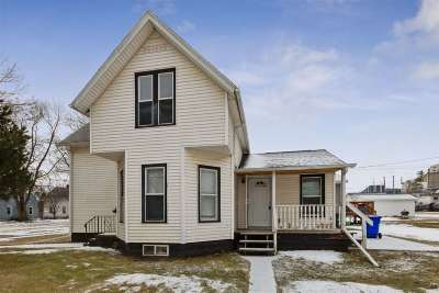 Cedar Rapids Single Family Home For Sale: 800 10th St SW