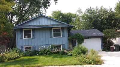 Iowa City IA Single Family Home For Sale: $204,000