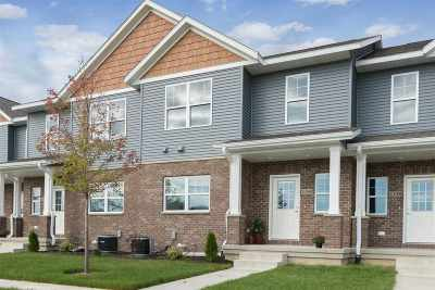 North Liberty Condo/Townhouse For Sale: 1160 Ivy Lane