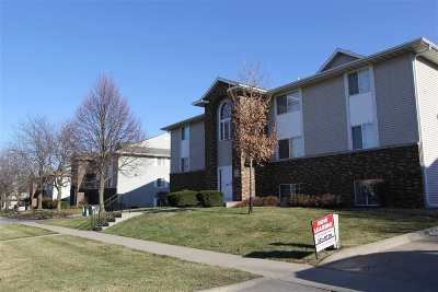 Iowa City Multi Family Home For Sale: 128 Westside Dr