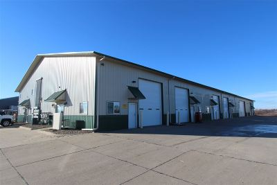Tiffin Commercial For Sale: 1051-1065 Greenfield