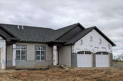 Coralville IA Condo/Townhouse New: $379,900