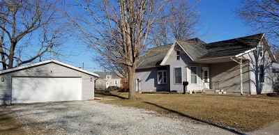 Washington IA Single Family Home For Sale: $129,000