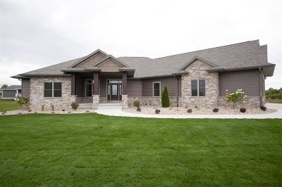 Iowa County Single Family Home For Sale: 2185 Pups Run Drive