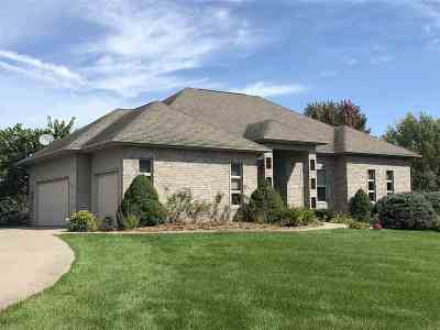Iowa City IA Single Family Home New: $490,000