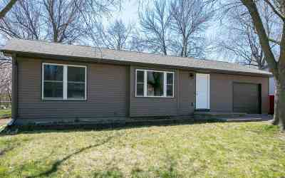 Iowa City Single Family Home For Sale: 1905 California Ave.