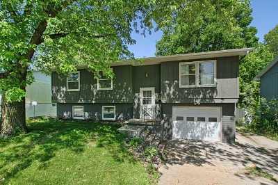 Iowa City Single Family Home For Sale: 1528 Prairie Du Chien Rd.