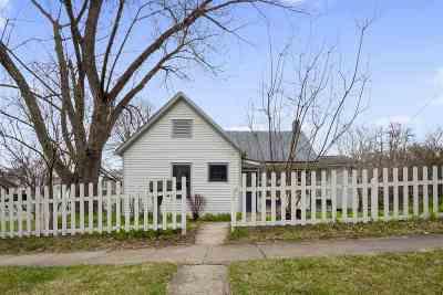 Iowa City Single Family Home For Sale: 405 Reno St