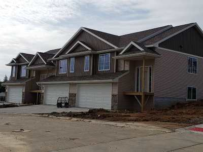 West Branch IA Condo/Townhouse New: $214,900