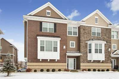 Johnson County Condo/Townhouse For Sale: 410 3rd Ave. #1