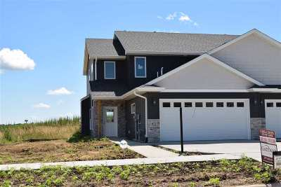 Tiffin Condo/Townhouse For Sale: 611 Rolling Hills Drive