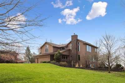 Iowa City Single Family Home For Sale: 4647 Rapid Creek Trl NE