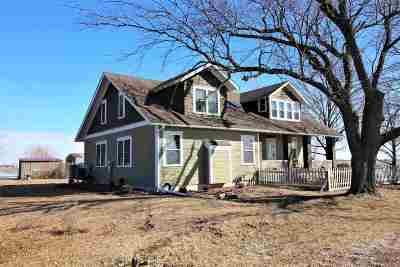 Wayland IA Single Family Home For Sale: $229,000