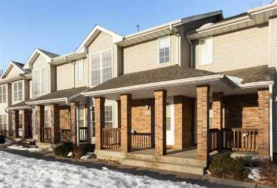 Iowa City Condo/Townhouse For Sale: 704 West Side Dr