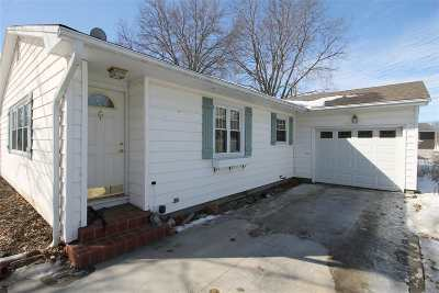 Iowa County Single Family Home For Sale: 126 N West St