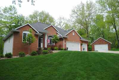 Cedar Rapids Single Family Home New: 1900 Mackenzie Dr