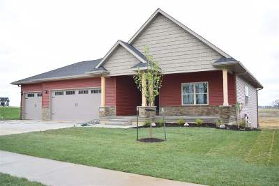 Tiffin Single Family Home For Sale: 1704 Green Oak Pass