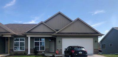 Cedar County Condo/Townhouse For Sale: 407 Ridge View
