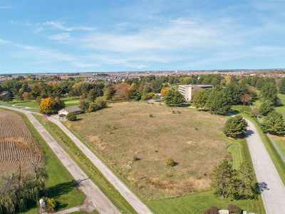 North Liberty Residential Lots & Land For Sale: 920 Club House Rd