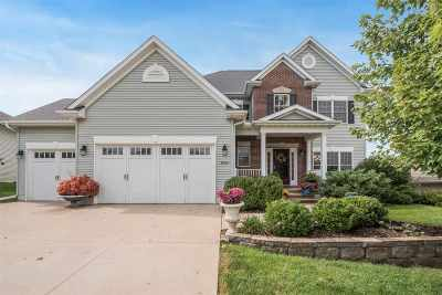 Coralville Single Family Home For Sale: 2024 Bluffwood Cir