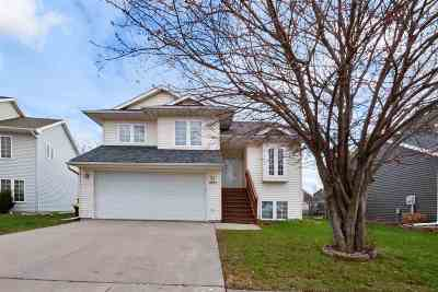 Iowa City Single Family Home New: 1627 Hemingway Lane