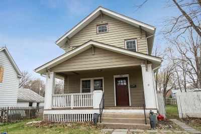 Iowa City Single Family Home New: 956 E Davenport St