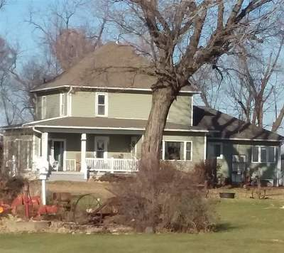 Iowa County Single Family Home For Sale: 2160 C Ave.