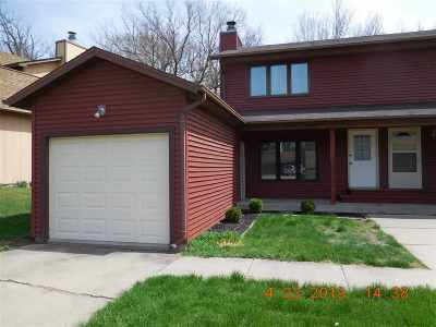 Coralville Condo/Townhouse For Sale: 1335 Southview Circle