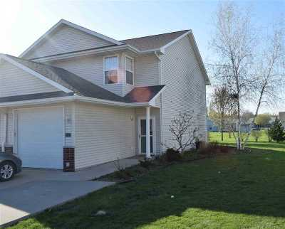 Iowa City IA Single Family Home New: $135,000
