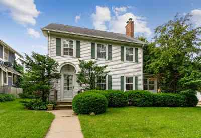 Cedar Rapids Single Family Home For Sale: 2401 4th Avenue SE