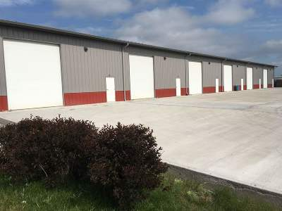 Iowa City Commercial For Sale: 2071 S Gilbert #Bays #8