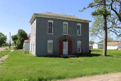 Washington County Single Family Home For Sale: 100 W Main