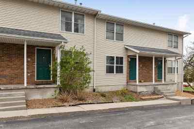 Coralville Condo/Townhouse For Sale: 957 Boston Way #3