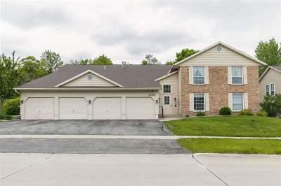 Cedar Rapids Condo/Townhouse Contingent: 3707 Foxborough Ter NE #C