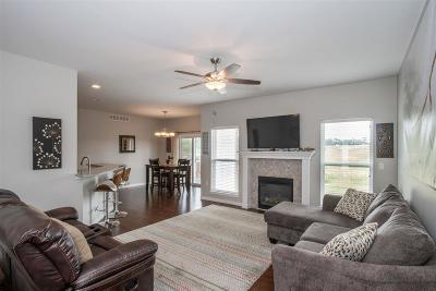 Iowa City Single Family Home For Sale: 222 Lindemann Dr.