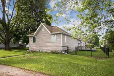 Washington Single Family Home For Sale: 1007 E 3rd St