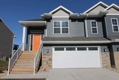North Liberty IA Condo/Townhouse New: $254,900